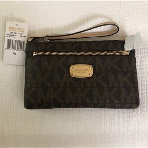 Michael Kors Large Jet Set Signature Logo Wristlet